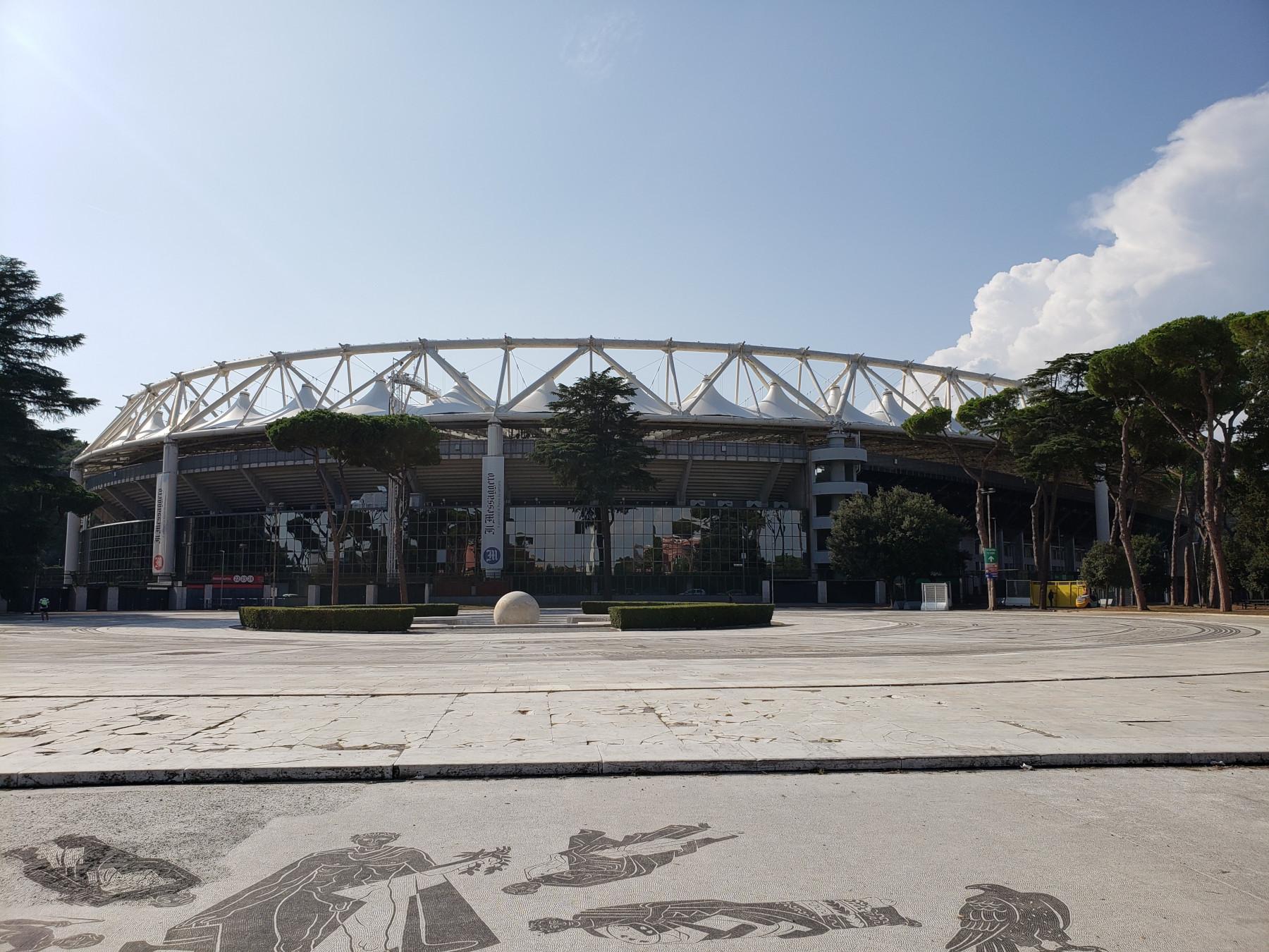 Олимпийский стадион в Риме